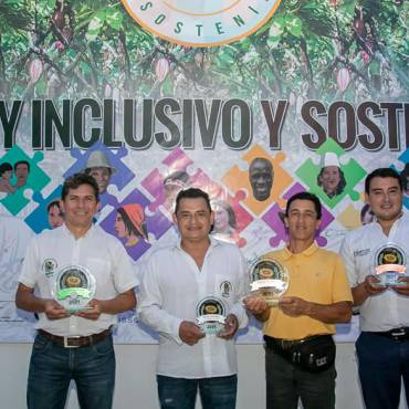Con éxito total se realizó el viernes 03 de septiembre la premiación del Concurso Nacional CACAO DE ORO